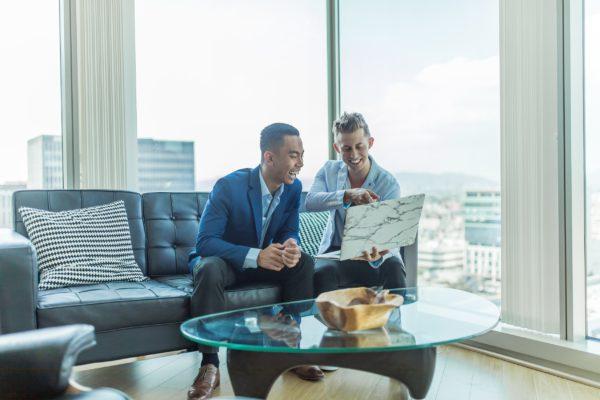 Cómo ser 'influencer' en tu trabajo y sacarle provecho