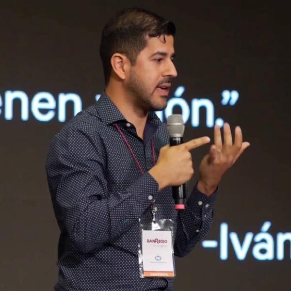 Astrolab: ForoNEXO: Andrés Oliveros — Cómo Dar Rumbo A Tu PyME