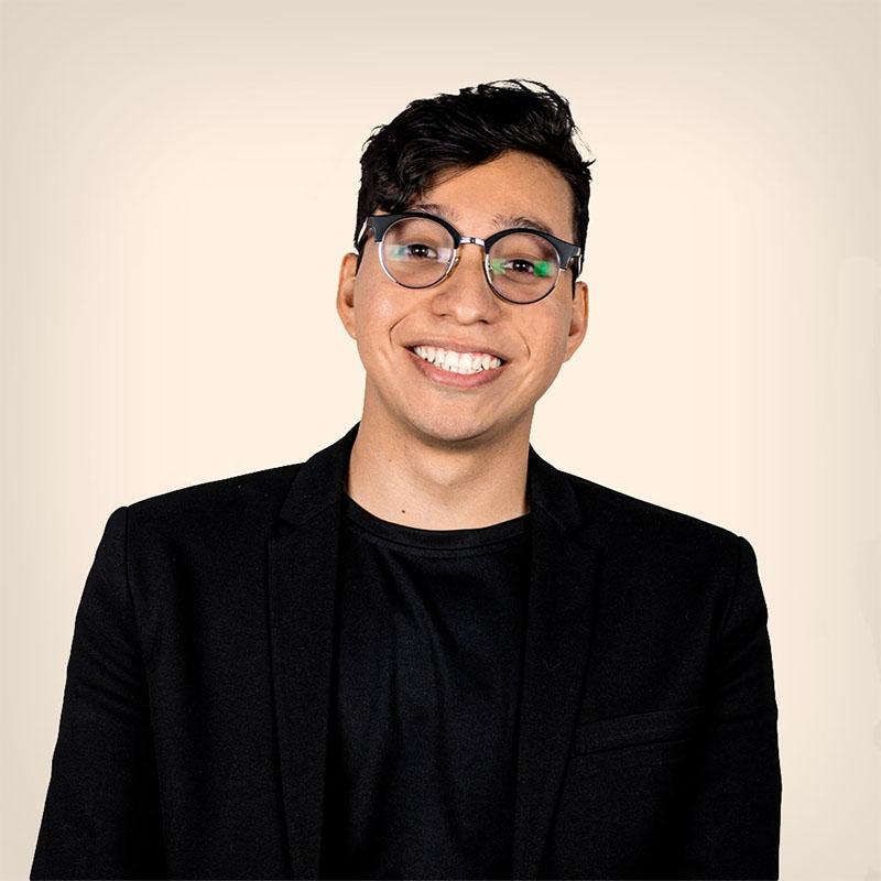Dylan Moreno. Líder de Diseño & Desarrollo